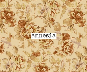 easel and amnesia image