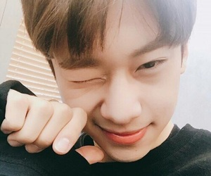 kim donghyun, donghyun, and produce 101 image