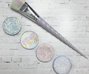 makeup, beauty, and unicorn image