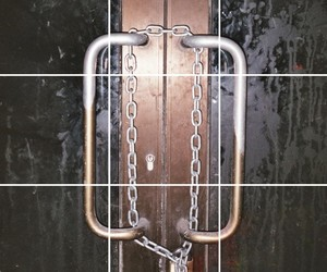chain, closed, and silver image