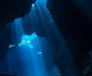 blue water color deep sea image