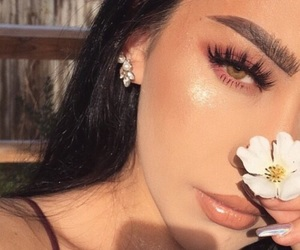 beauty, highlight, and brows image