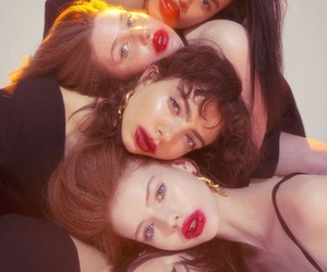 girls, lipstick, and nylon image
