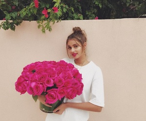 beautiful, taylorhill, and flower image