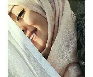 eyeliner, hijab, and girls image