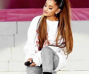 hq, one love manchester, and ariana grande image