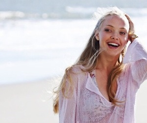 amanda seyfried, dear john, and beach image