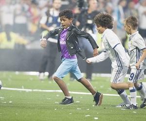 junior, real madrid, and Ronaldo image