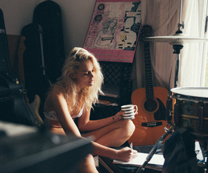 blonde, girl, and morning image