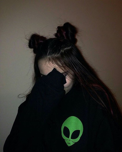 girl, tumblr, and alien image