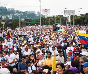caracas, venezuela, and 26o image