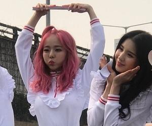 heejin, hyunjin, and viví image