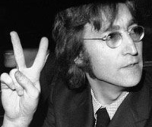 john lennon, peace, and peace and love image