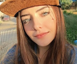 blue eyes, sun, and good vibes image
