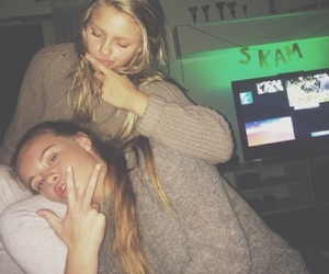 skam, lisa teige, and eva mohn image