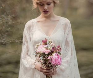 beautiful, bouquet, and dress image