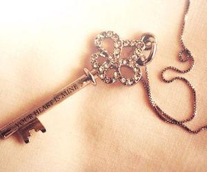 تفسير المفاتيح في الحلم رؤية المفتاح في المنام