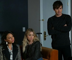 pretty little liars, janel parrish, and ashley benson image