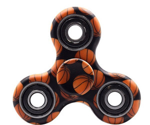 fidget spinner and spinners image