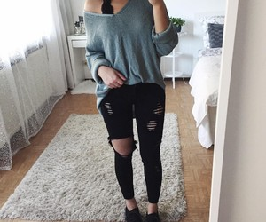 jeans and tshirt image