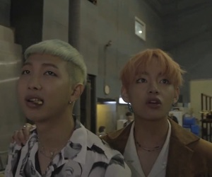 boy, kpop, and v image