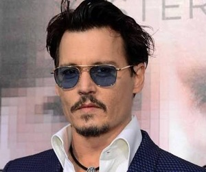 depp, bello, and hollywood image