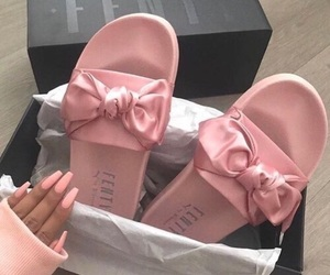 cute, babypink, and cutefootwear image