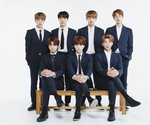 bts familly post 2017 image