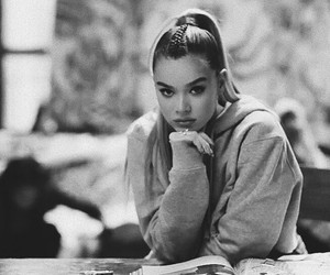 black and white, hailee steinfeld, and fashion image