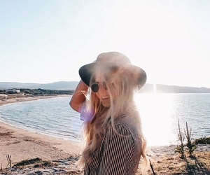 beach, blondie, and good vibes image