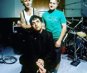 billie joe armstrong, green day, and punk rock image