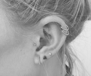tragus, Right, and 6 1 image