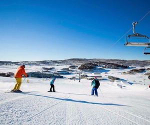 australia, vakantion, and ski fields in australia image