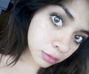 girl, pretty, and nomakeup image