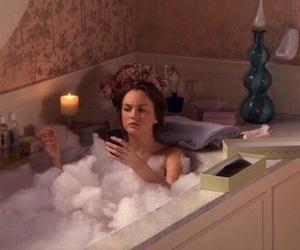 gossip girl, bath, and blair waldorf image
