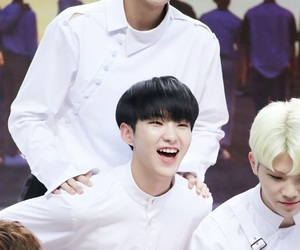Seventeen, soonyoung, and jeonghan image