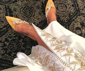 shoes and caftan image