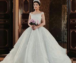 wedding dress, dress, and wedding image