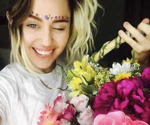 miley cyrus, flowers, and miley image