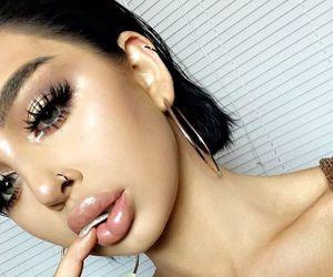 beauty, eye liner, and make up image