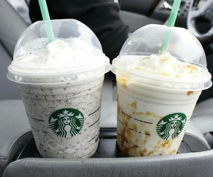 bebida, cofre, and starbucks image