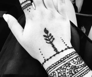 henna, nails, and hennatattoo image