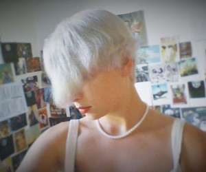 grey hair, pearl necklace, and short hair image