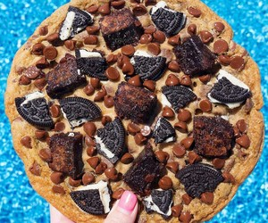 food, cookie, and oreo image