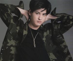 handsome, boy, and Ikon image