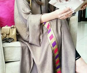 fashion, arabe, and abaya image