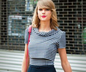 fashion, Taylor Swift, and we never go out of style image