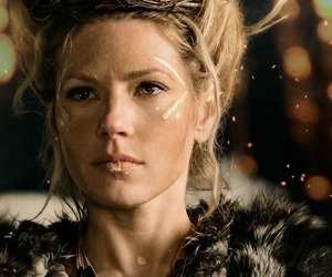 vikings, lagertha, and Queen image