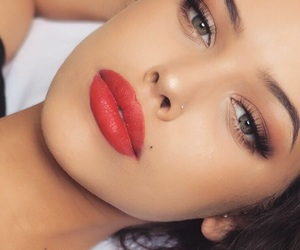 body, green eyes, and lips image