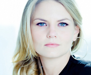 Jennifer Morrison, emma swan, and once upon a time image